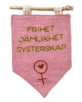 Systerskap i rosa - Handbroderad vimpel med budskap