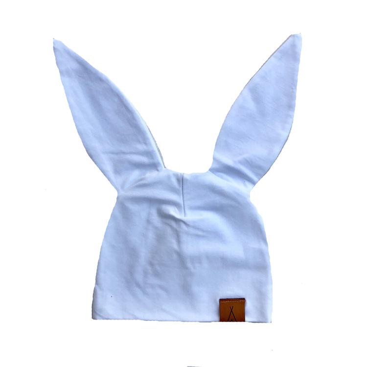 """Mössa """"Little bunny"""" vit"""