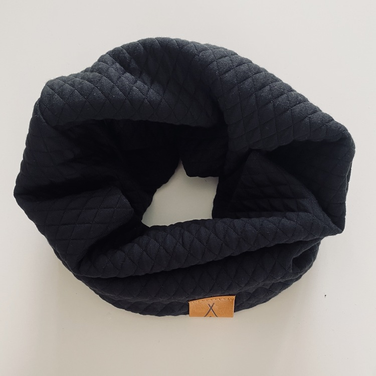 Quilt tubsjal svart