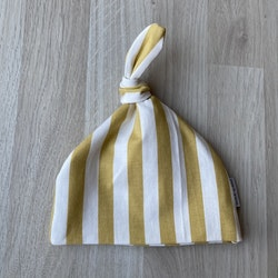 Vertical stripes gold creme babymössa med knut