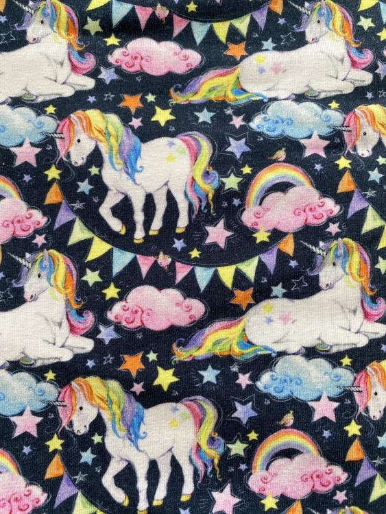 Unicorn rainbow mössa