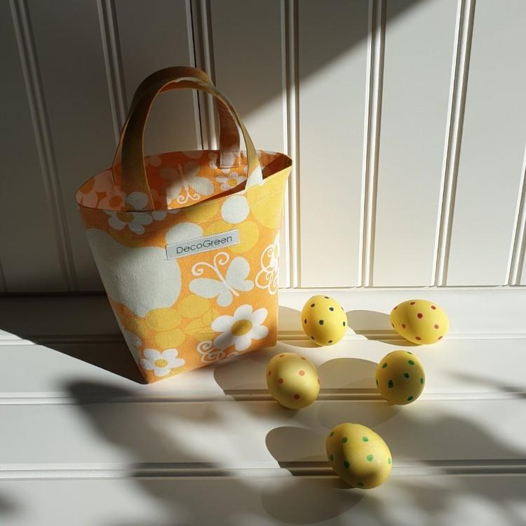 Återanvändbar presentpåse istället för påskägg