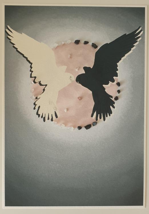Fåglar bergskristall, svart turmalin, rosa turmalkin