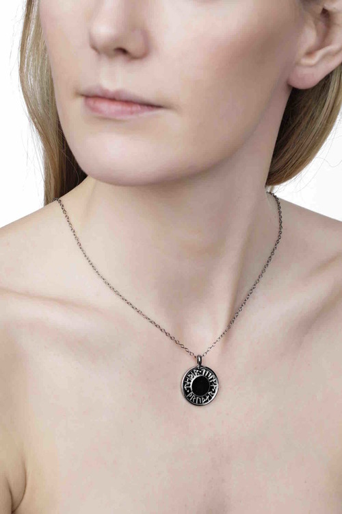 Soldiser Thrud Norse Black Silver Rune Necklace