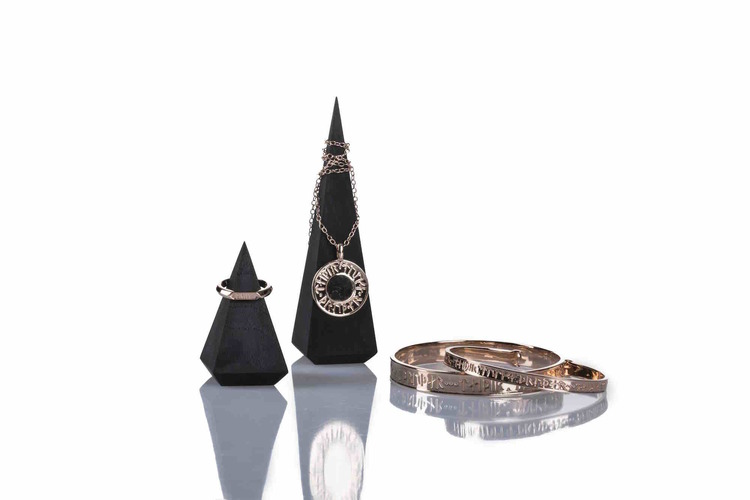 Soldiser Goddess Thrud Viking Rose Gold Collection