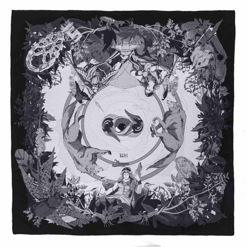 Gudinnan Friggs svarta scarf
