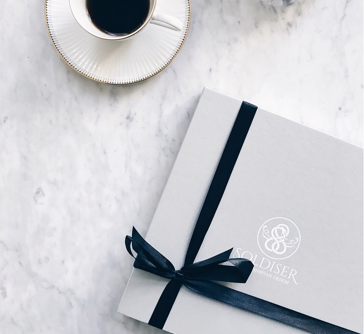 Soldiser Exclusive Norse Silk Gifts