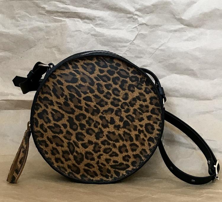 • Round Bag Leo •