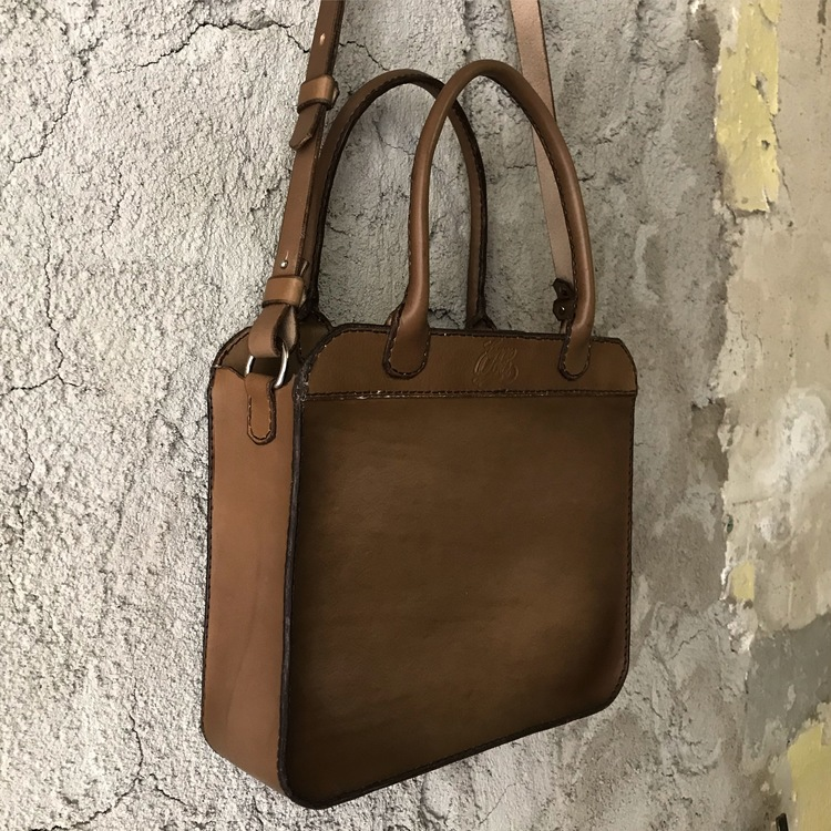 Shoulderbag