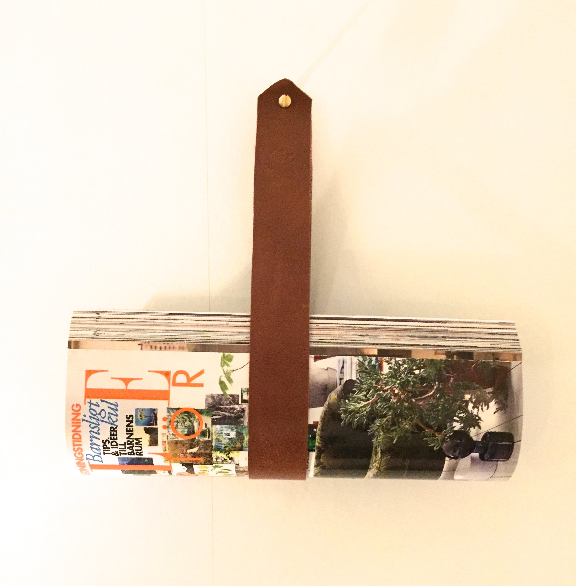• Magazine holder 5 Colors •