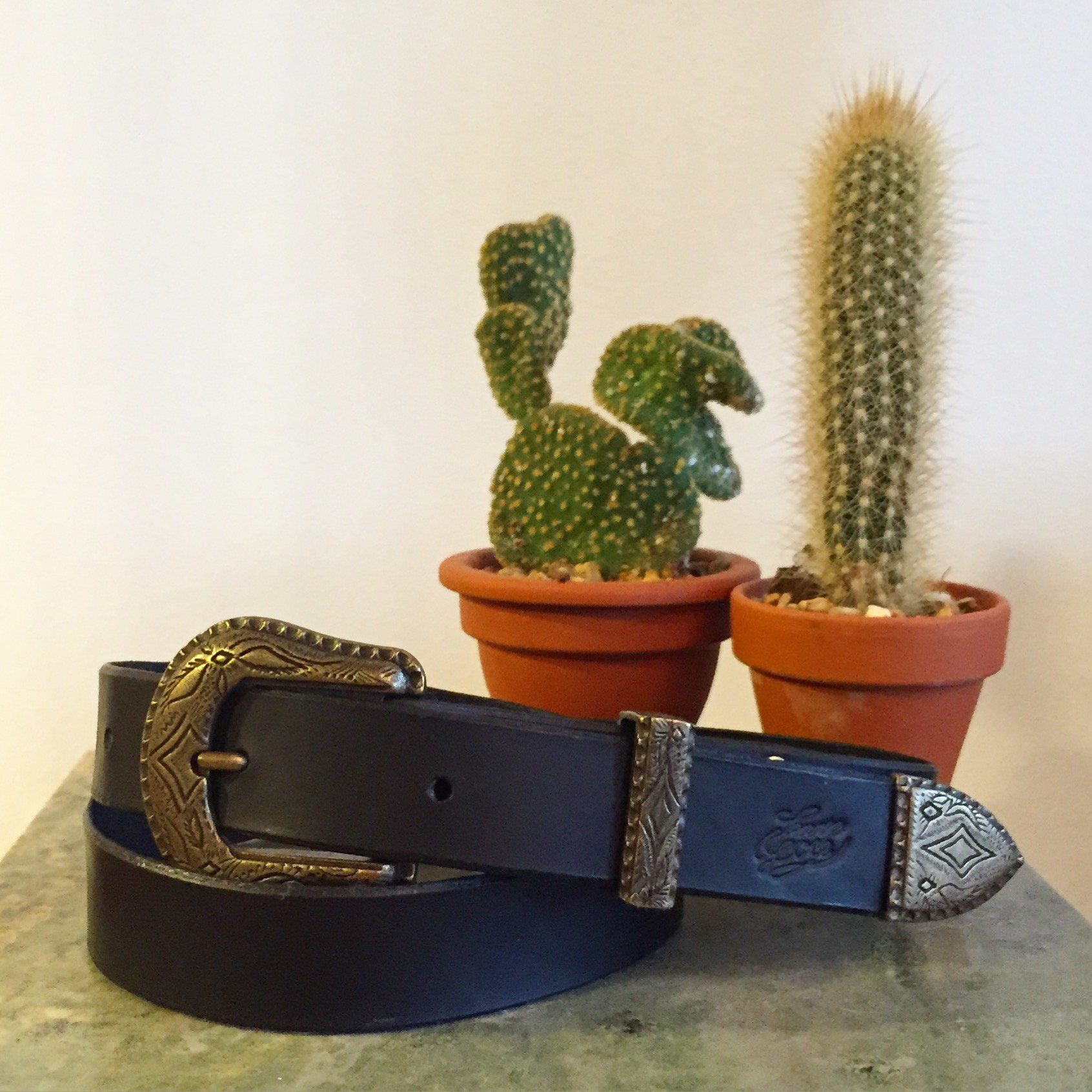 • Leather Belt Bronze •