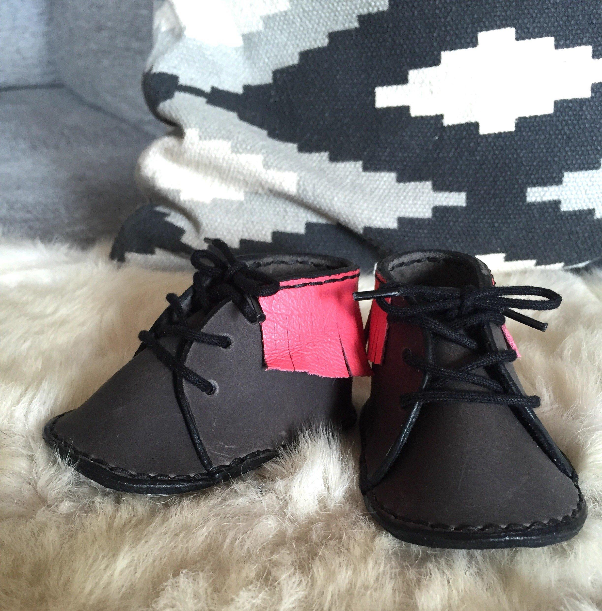 • Moccasins Baby Fringes Stl 14/15 •