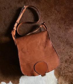 • Saddlebag One Buckle •