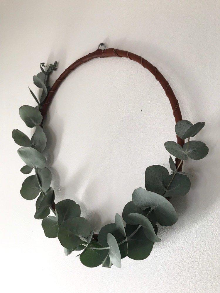 • Krans Läder & Eukalyptus •