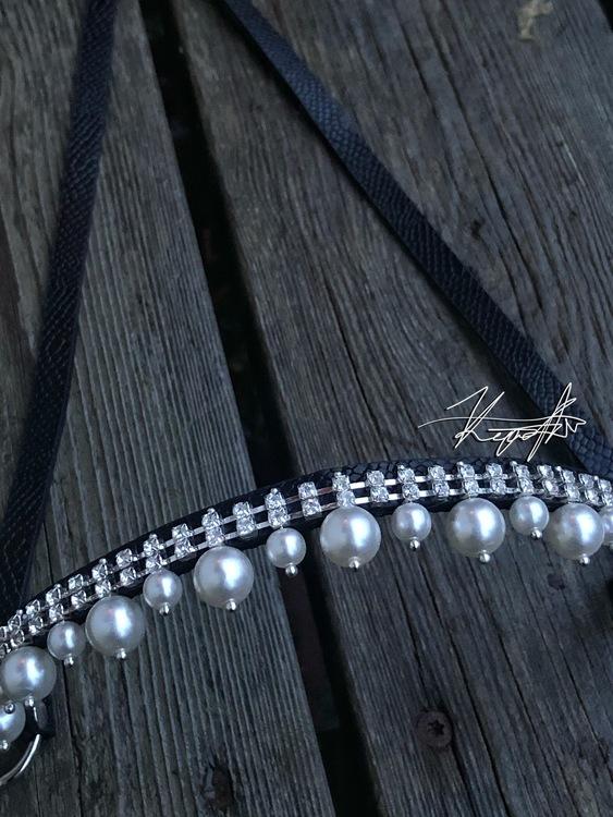 showhalter pärlor