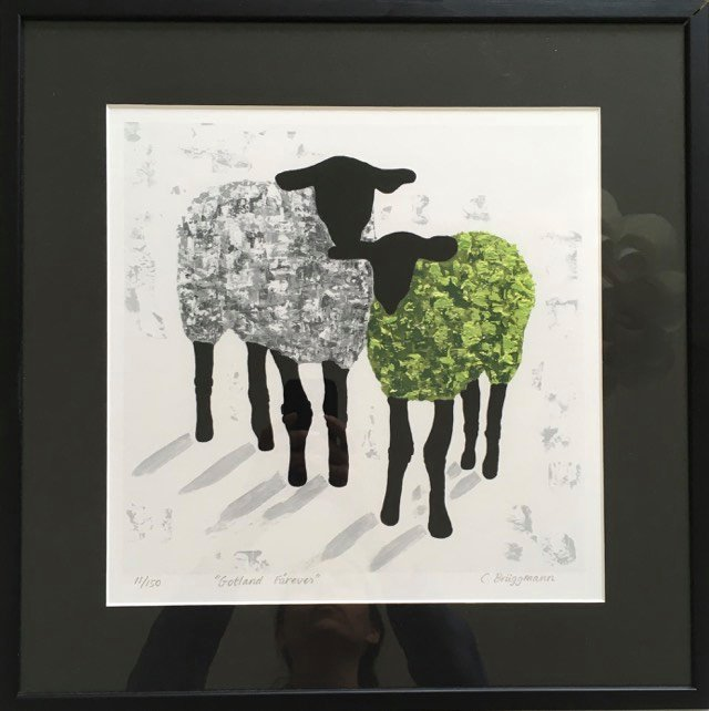 Fårkonstnär Brüggmann har skapat denna tavla. Konsttryck i en upplaga av 150 st. Färgrik fårtavla.