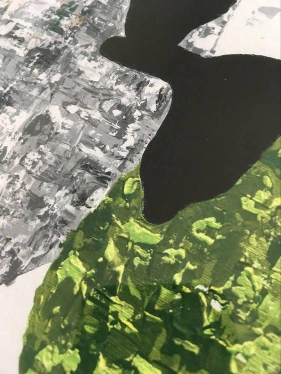 C.Brüggmann skapar fårsaker och här är en fårtavla med ett grönt och ett grått gotlandsfår så som hon ser dem.