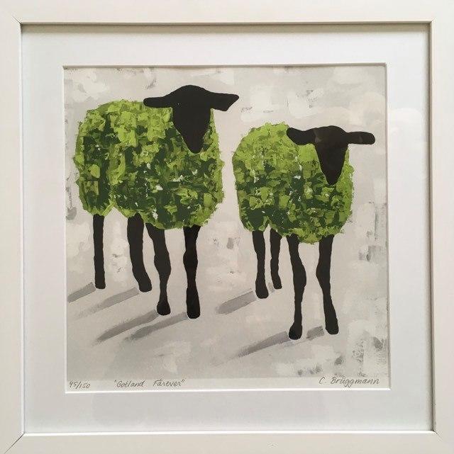 Grön tavla med djurmotiv, rättare sagt fårmotiv. Sovrumskonst eller på en hylla i köket tex av C.Brüggmann.