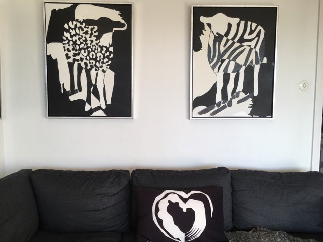 Fårtavlor med djurmönster. Zebra- och leopardmönstrad konst till din vägg i ditt hem. Svensk konst. Coola målningar.