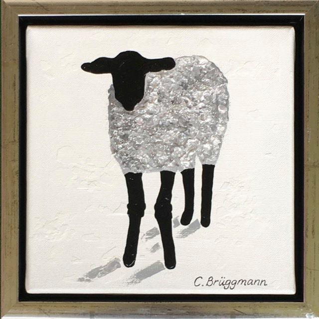 Djurmotiv på originalmålningar av C.Brüggmann. Ofta handlar det om fårmotiv inspirerade av Gotland.