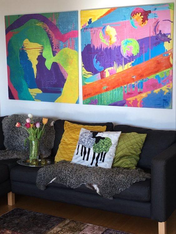 Vackra stora färgstarka, coola tavlor. 1x1 meter stora tavlor av konstnär C.Brüggmann från Helsingborg