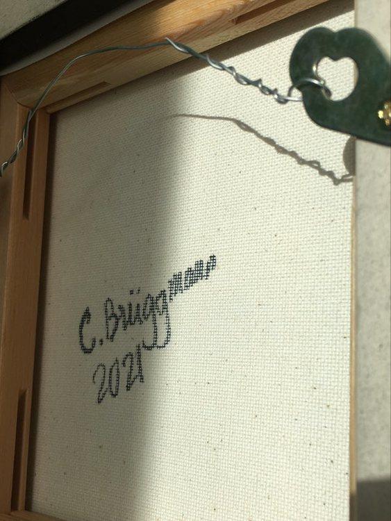 Äkta tavlor av C.Brüggmann är alltid signerade både på bak- och framsida. Svensk samtidskonst.