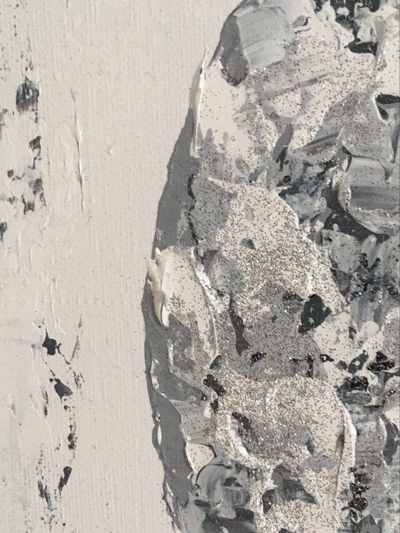 Tavla med silverglitter i fårpälsen. C.Brüggmann, konstnär och designer skapar många olika fårsaker.
