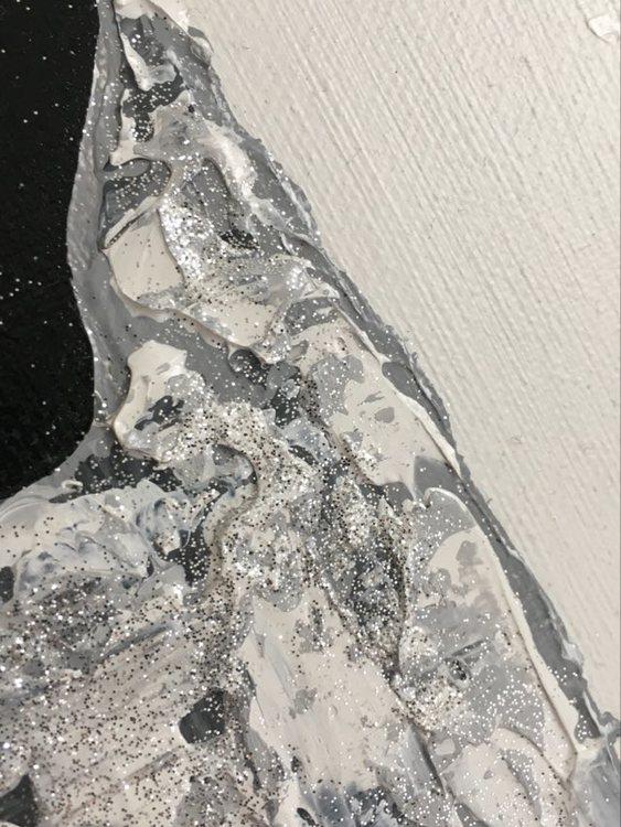 Gotlandsfår är inspirationen när C.Brüggmann, aka fårkonstnären, målar sina tavlor. Hon bodde på Gotland under en period...