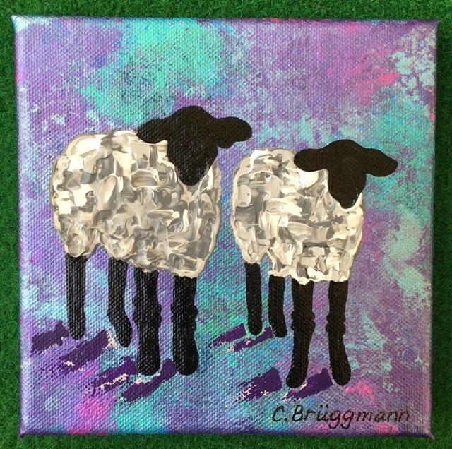 Fårtavlor och fårsaker inspirerade av gotlandsfår finns att se och köpa på cbruggmann.se
