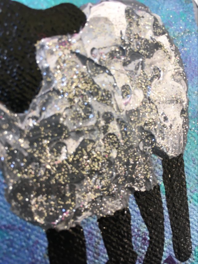 Cool, färgstark tavla med glitter! Liten originalmålning med djurmotiv, i detta fallet gotlandsfår.