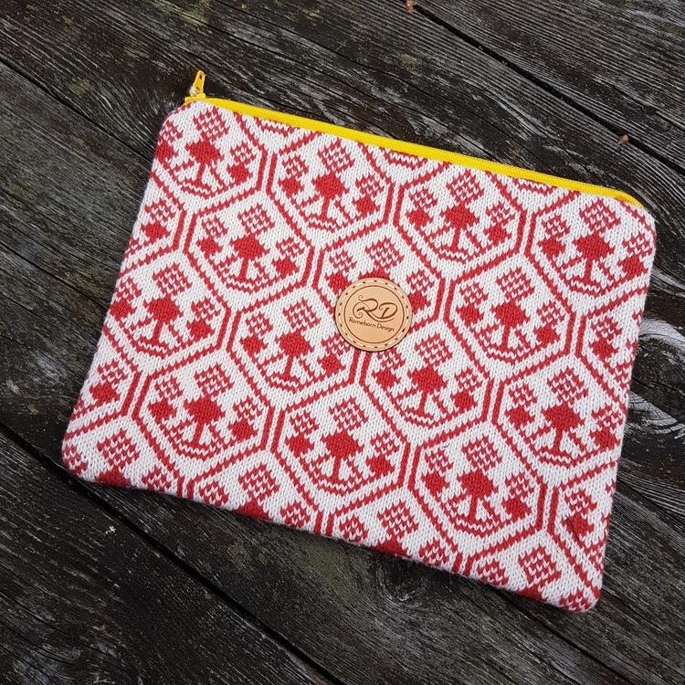 Liten väska/necessär med bingemönster, Ljusröd