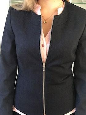 Karin marinblå + Lotta