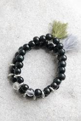 Armband, svarta träpärlor med bergkristall
