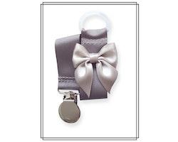 Grå napphållare med ljusgrå rosett - silver