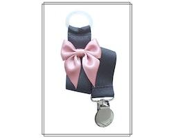 Mörkgrå napphållare med gammelrosa rosett - silver