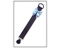 Svart napphållare med ljusblå rosett