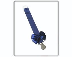 Marinblå napphållare med Vera-rosett