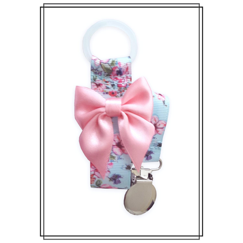 Napphållare med blommor och ljusrosa rosett - silver