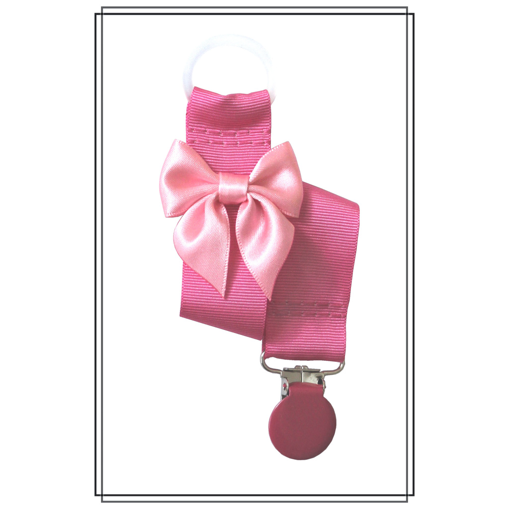 Cerise napphållare med ljusrosa rosett