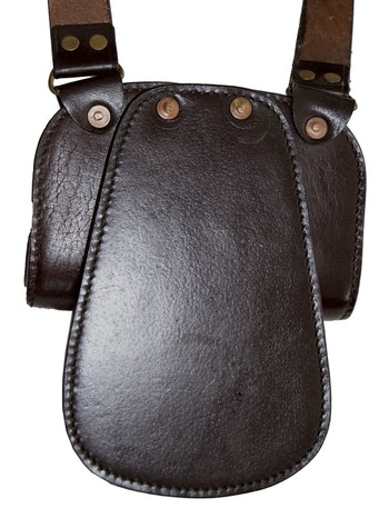 Du kan även använda denna utan slingan över ryggen fäst den i bältet istället
