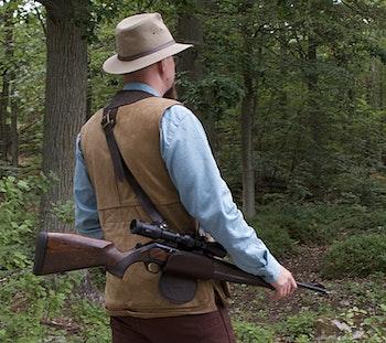 Smart och bekvämt sätt att bära sitt vapen under jakten på.