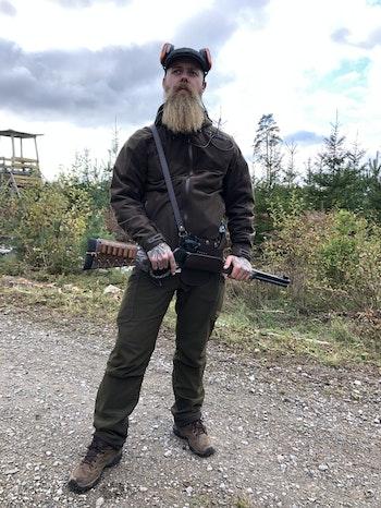 """Calle Åsander, älskar sitt nya """"hölster"""" till sin 45-70!"""