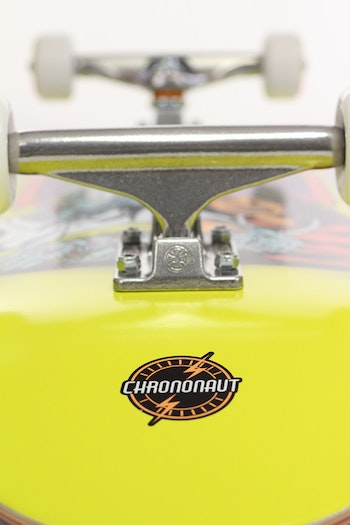 Pro Complete Chrononaut ''Love'' *     Independent trucks