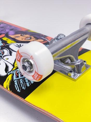 Skateboard Loco Complete * Chrononaut ''Love''