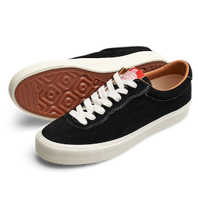 Shoes Last Resort AB VM001 Suede Lo Black White