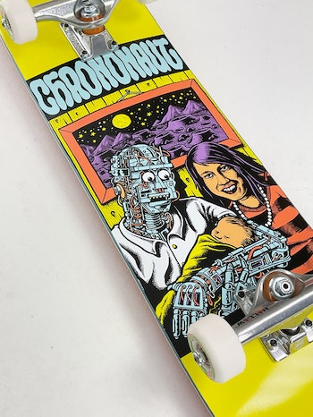 Super Pro Complete Chrononaut ''Love'' * Independent Forged Hollow trucks