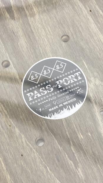 Skateboard Pass-Port Floral Series Wash 8.5''