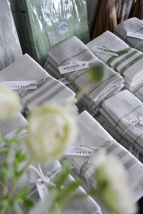 Handduk i linne 2-pack DIAGONAL GRÖN
