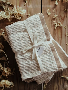 MERAKI 2-pack våfflade handdukar - SAND