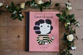 Barnbok COCO CHANEL - Small people Big dreams